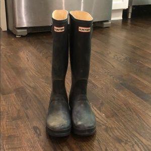 Hunter Original Tall Matte Rain Boots in Navy
